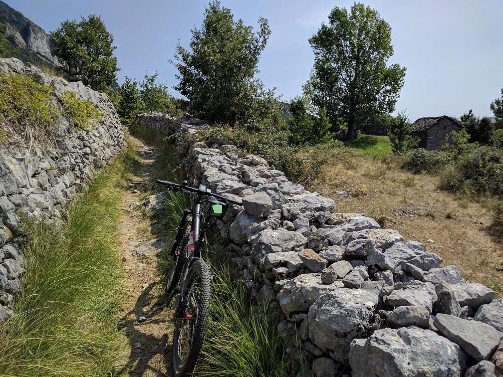2-zwischen den Mauern.