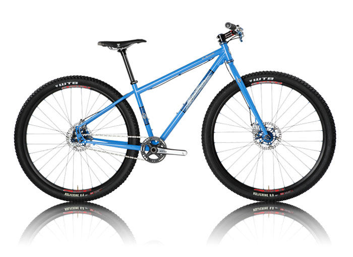 bikes_mariachi_blue.jpg