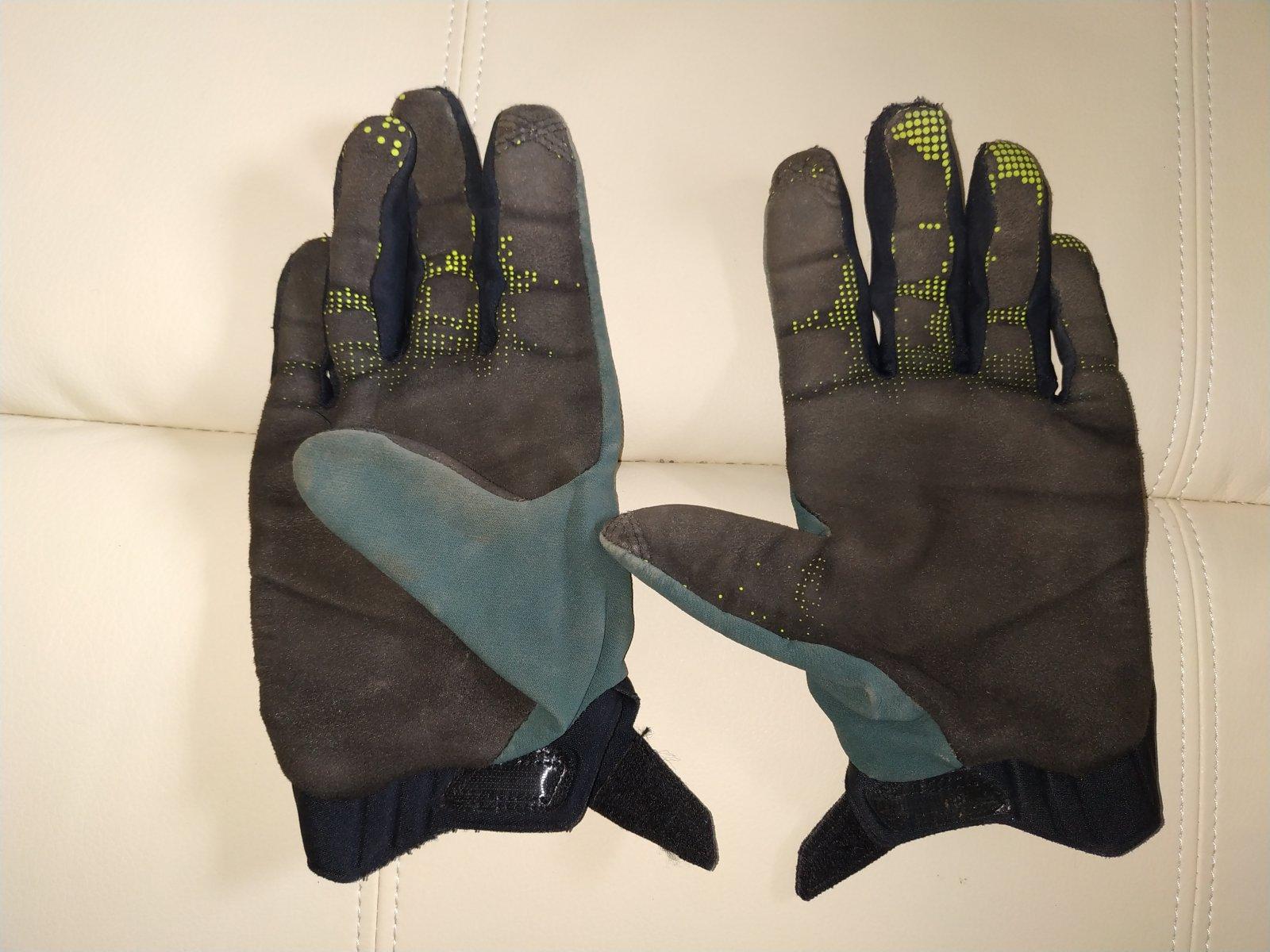 Fox Defend Fire Handschuhe-used (1).jpg