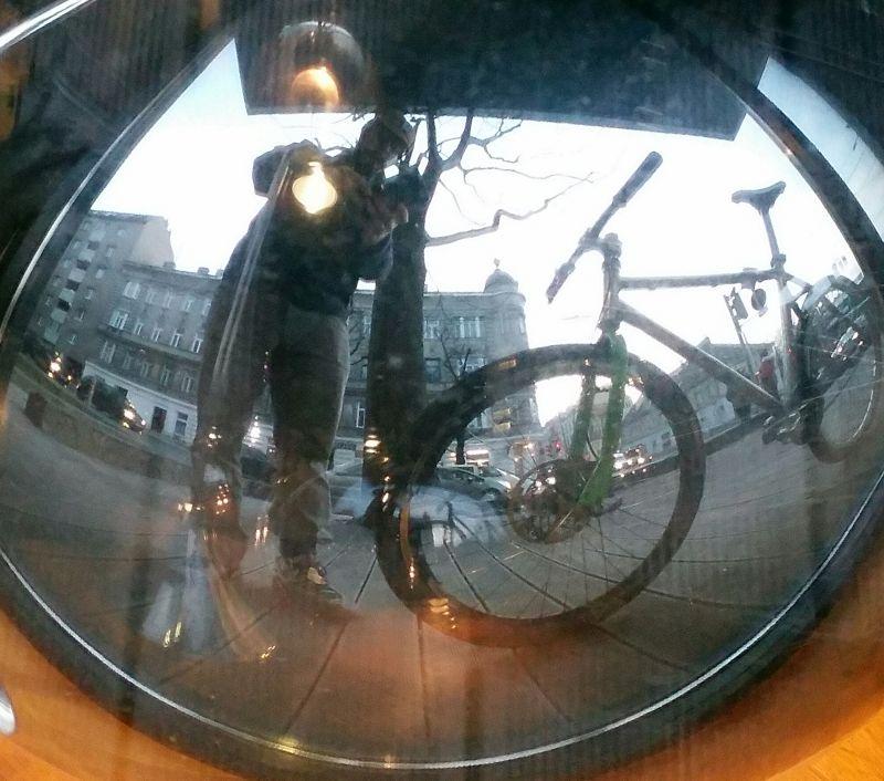 MPC-New carbon handlebar&White  stem&Headset  (7) - men&bike in the mirror.