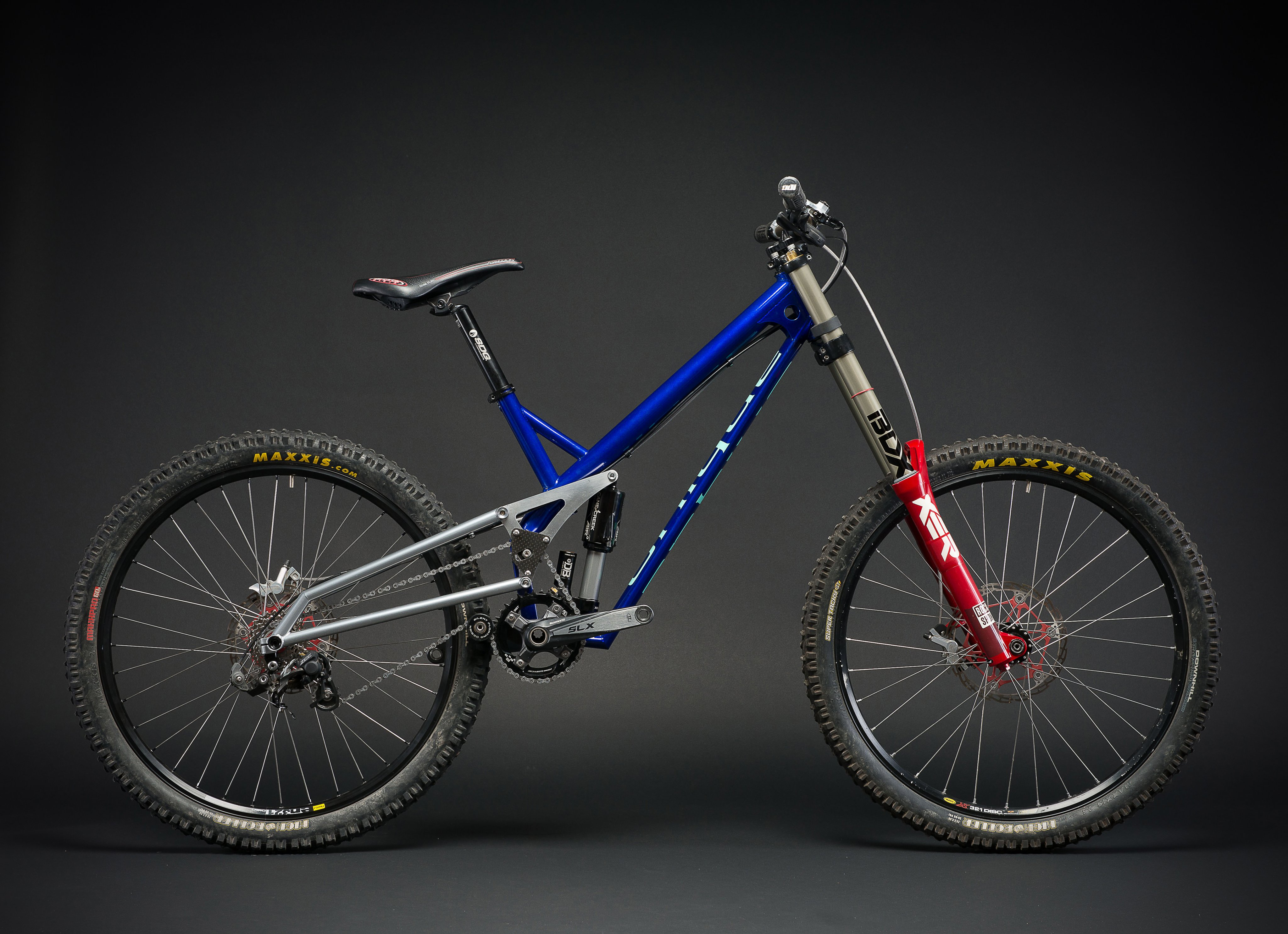 Unique-handmade-cycles Downhill Steel.