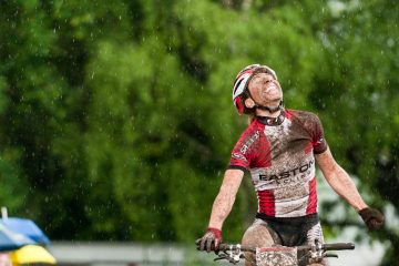 110515_GER_Saalhausen_XC_Women_Langvad_winning_close_rain_by_Maasewerd
