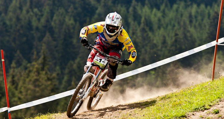 iXS Siwss Downhill Cup