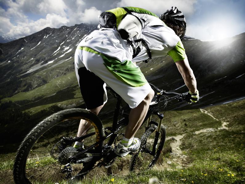 796 DYNAFIT X4 Alpine Biking2