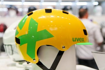 large_uvex-6