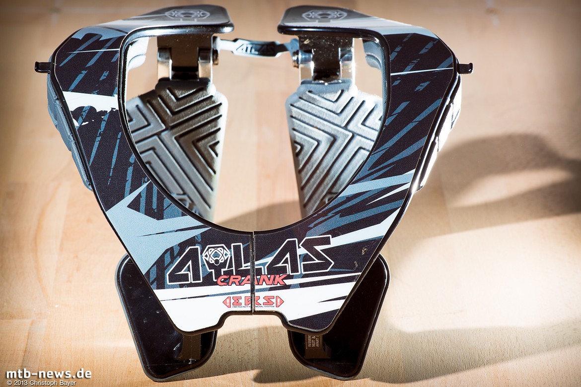 large_MTB-News_de_Test_Atlas_Brace-18