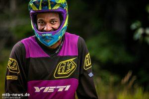 Die Produktion ihres neuesten Streifens: Micayla Gatto - Athlete Profile