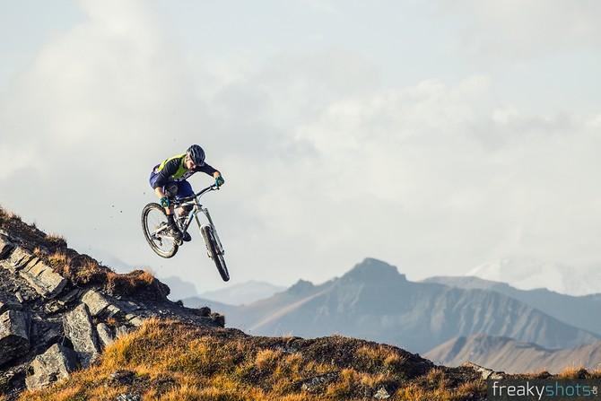 mountainbike weltmeisterschaft 2018 in lenzerheide triple. Black Bedroom Furniture Sets. Home Design Ideas