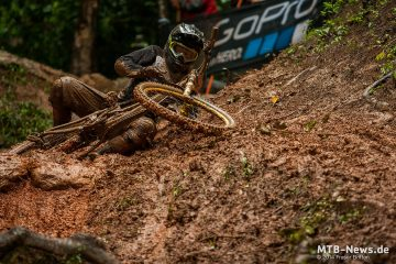 large_worldcup_cairns_786