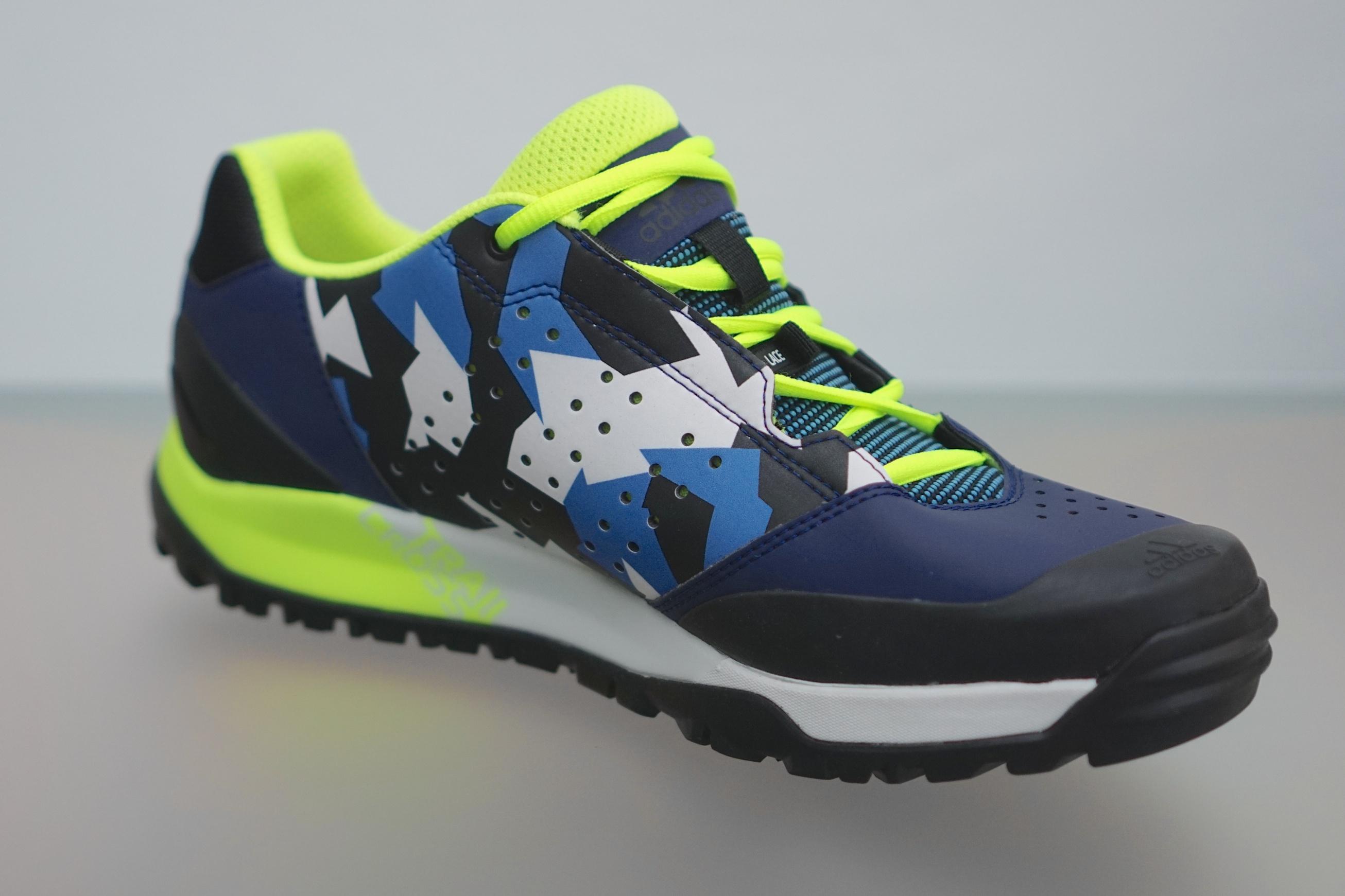 Adidas Terrex Trail Cross - Test: MTB-Debüt mit Flat-Schuhen