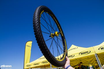 mavic crossmax pro helm im test enduro halbschale aus frankreich. Black Bedroom Furniture Sets. Home Design Ideas