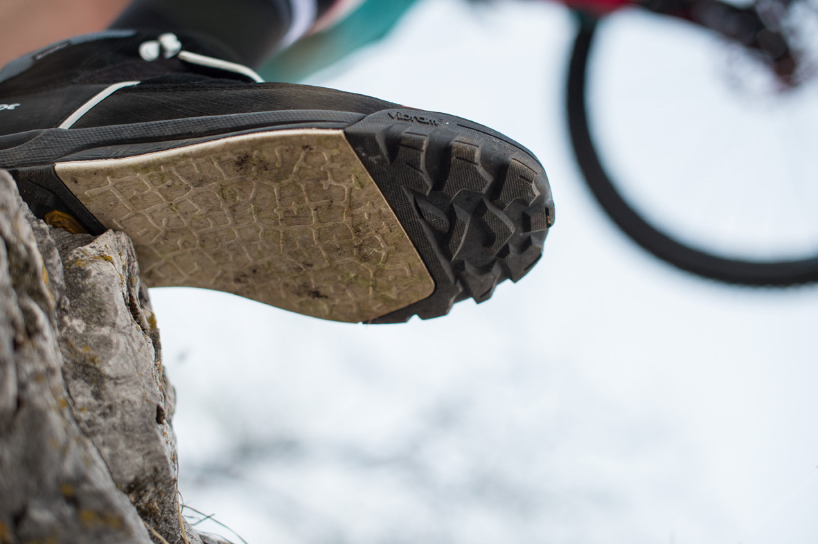 wholesale dealer afef9 7a128 Vaude Moab: neuer Flatpedal-Schuh mit Bike & Wandersohle für ...