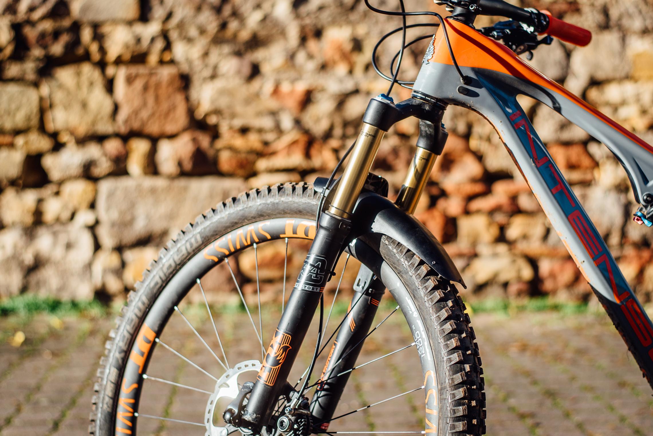 mudhugger mtb vorder schutzblech fur mountain bike mit. Black Bedroom Furniture Sets. Home Design Ideas