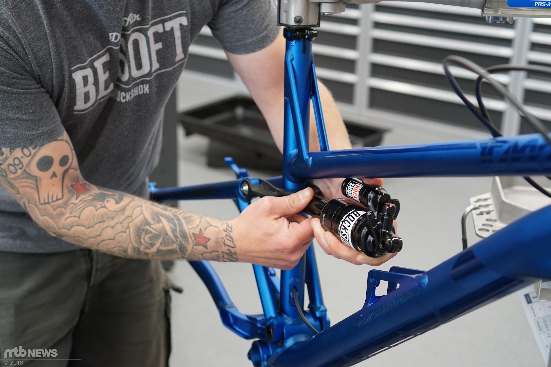Red Bull Events >> Werkstatt - Schritt für Schritt: Mountainbike-Dämpfer einbauen