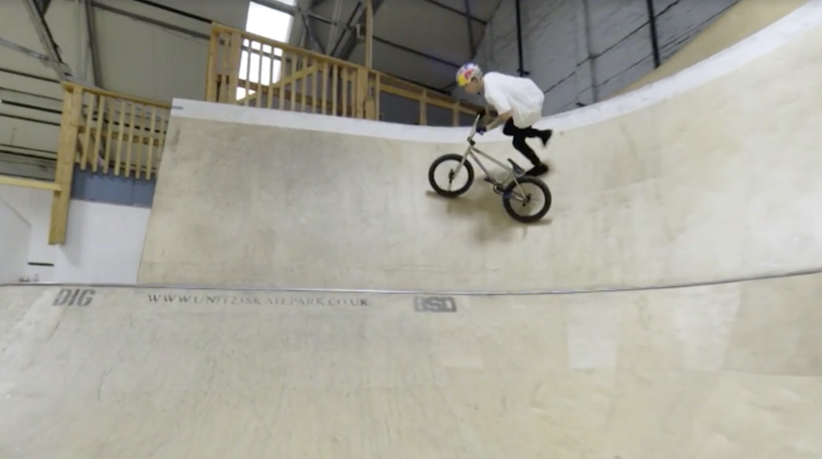 Raw 100: Kriss Kyle – Skatepark-Perfektion auf 20 Zoll - MTB-News.de