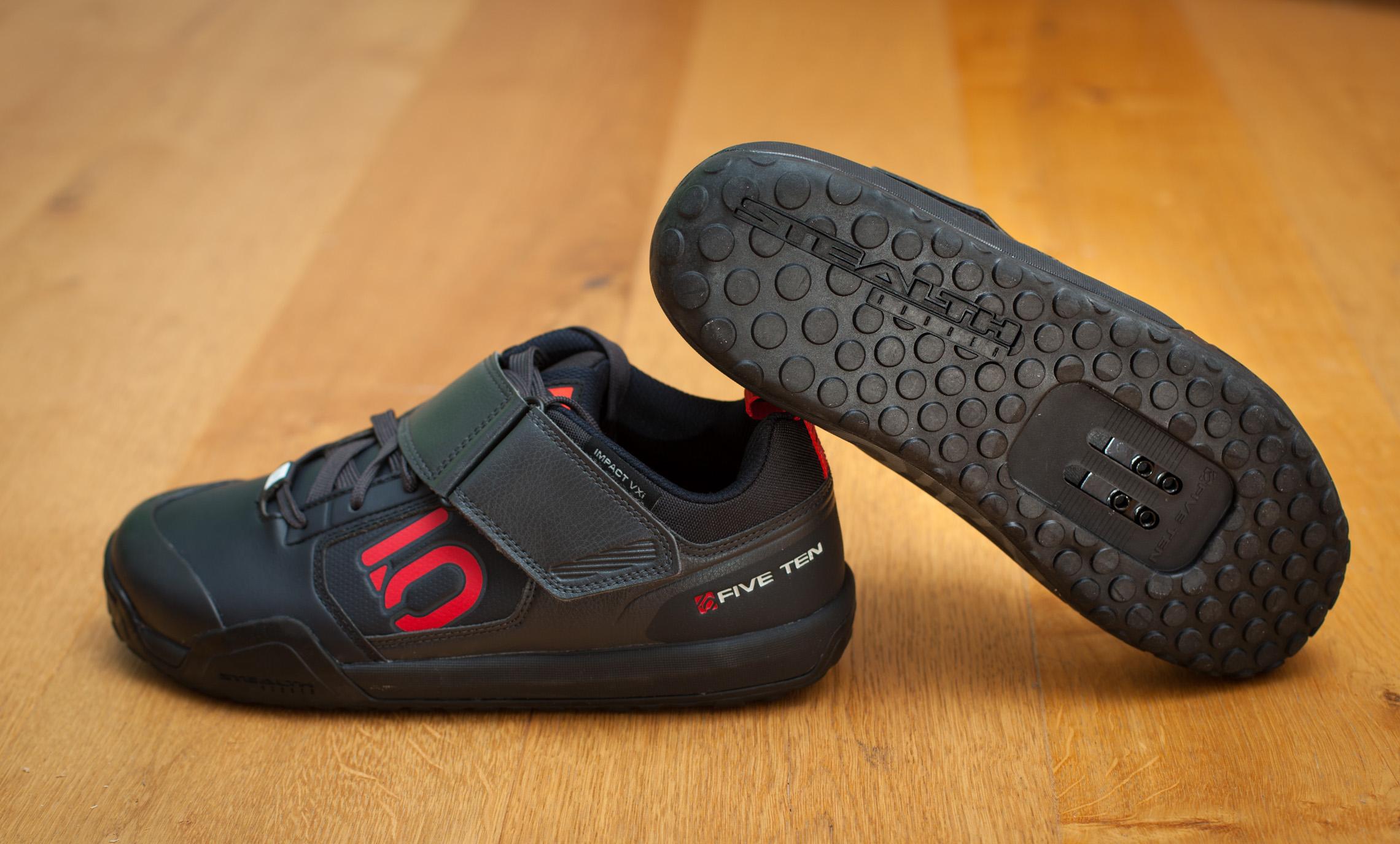 reparieren statt wegwerfen shoe goo kleber f r die sohle im test mtb. Black Bedroom Furniture Sets. Home Design Ideas