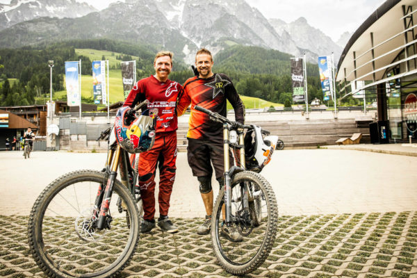 "Sebastian beim DH-Camp mit Aaron Gwin: ""All about exit speed!"""